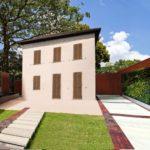 la casa un vecchio edificio per attrezzi ristrutturato pur mentendo lo charme tipologico dell'edificio