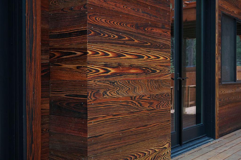 Delta Millwork: Dettaglio del rivestimento della facciata della Truckee house.