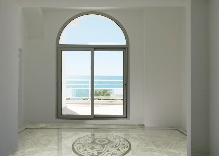 architetturaTiberio_Penthouse Garavan98_camera marmo
