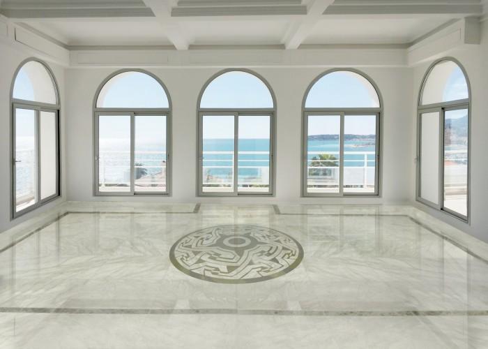 architetturaTiberio_Penthouse Garavan98_salotto marmo 2