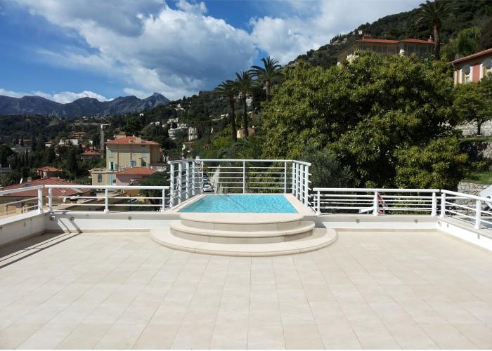 architetturaTiberio_Penthouse Garavan98_terrazza piscina+terrazza