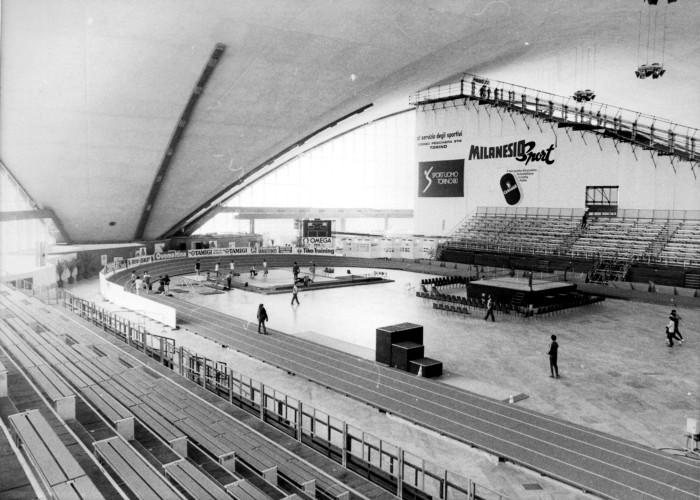 sportuomo torino 80_1980_palavela_torino_atletica+ski indoor